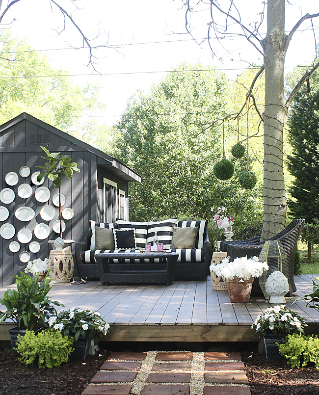 Decking shed