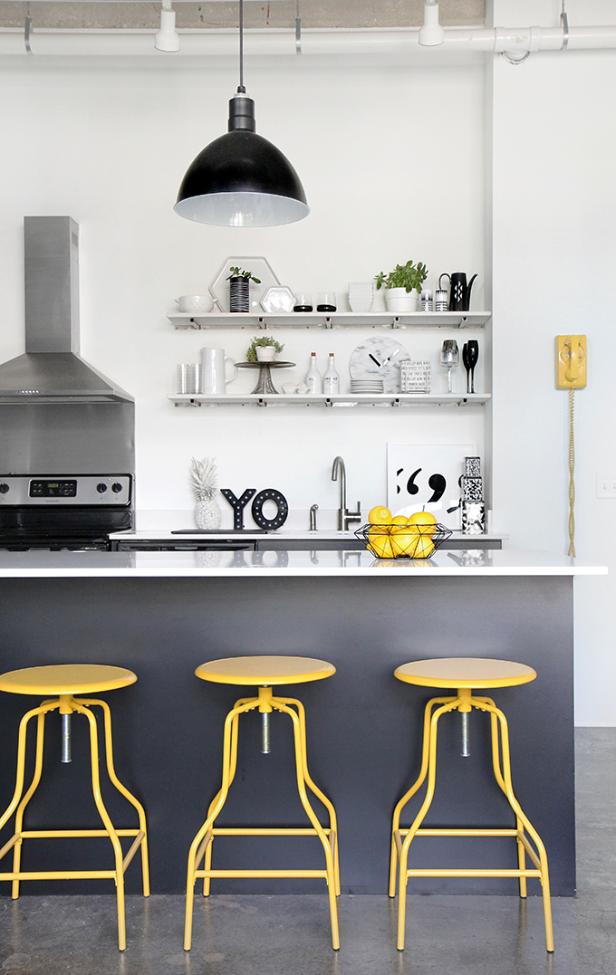 Monochrome and yellow