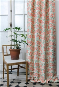 Eyelet curtain in Daisies Red