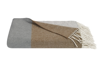 Cassia Lambswool Throw